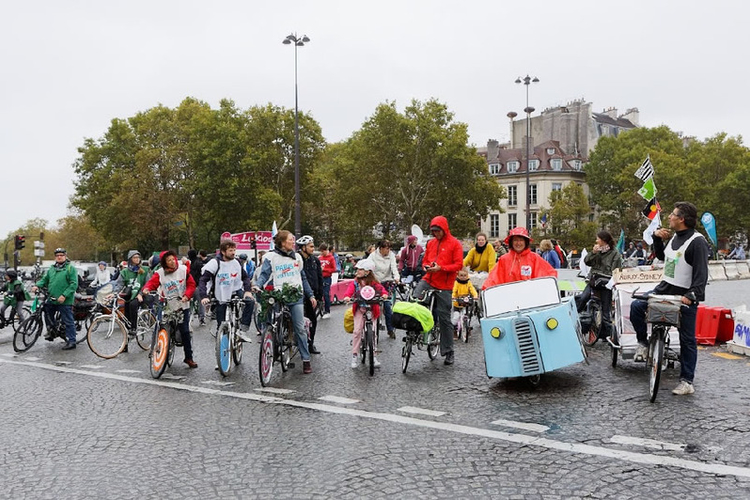 Journeesansvoiture_oct2017_HenriGarat_MairiedeParis.jpg